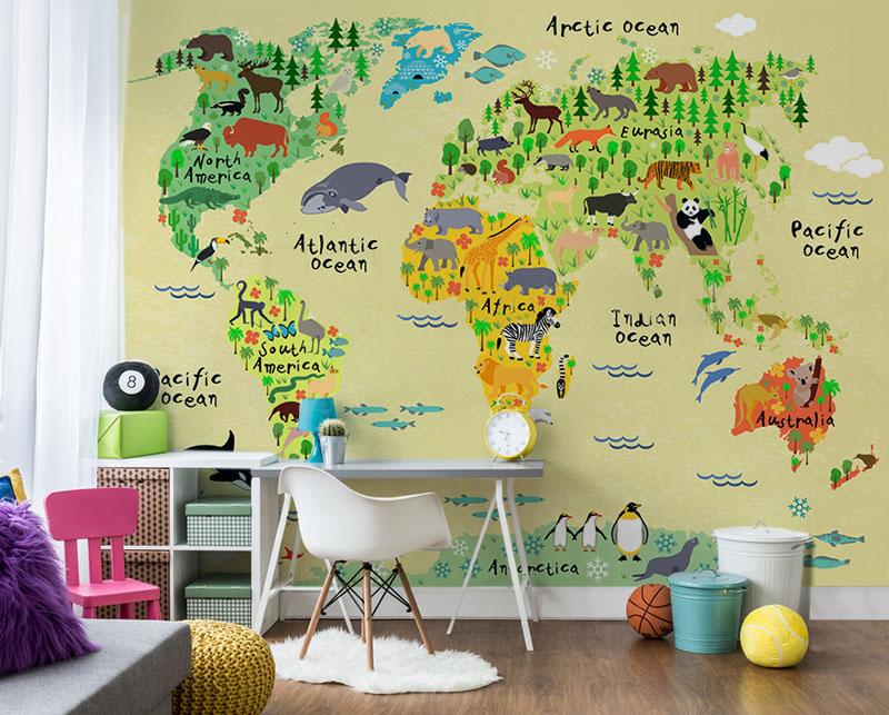 Fototapeta do pokoju ucznia z mapą świata ze zwierzętami