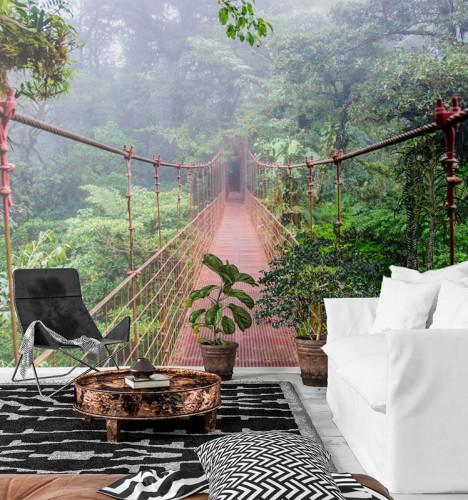 Fototapeta z mostem wiszącym w lesie