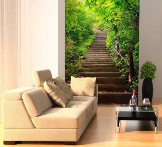 Fototapeta z motywem schodów prowadzących do lasu