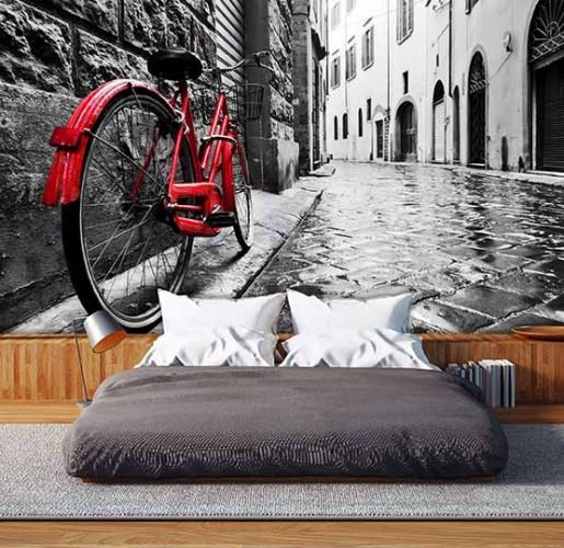 Fototapeta czarno-biała z czerwonym rowerem