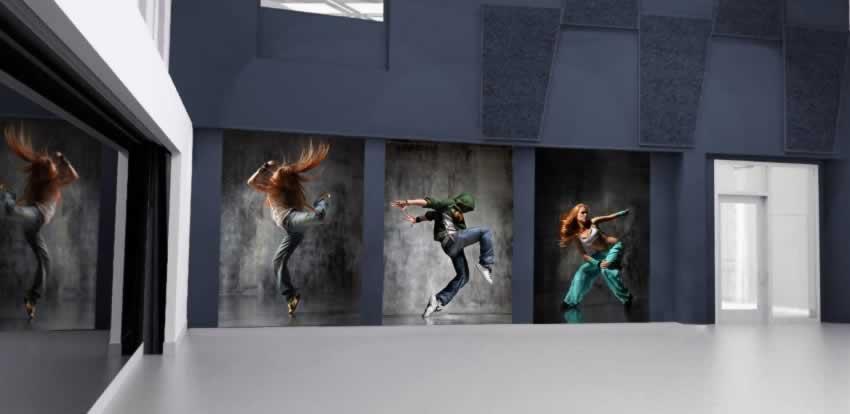 Fototapeta przedstawiająca dziewczynę podczas żywiołowego tańca