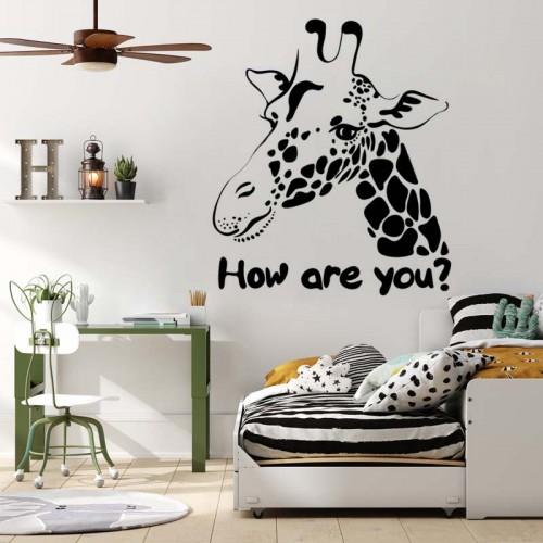 Naklejka na ścianę z żyrafą do pokoju młodzieżowego