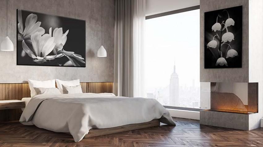 Obraz na płótnie do sypialni - kwiaty magnolii w czerni i bieli