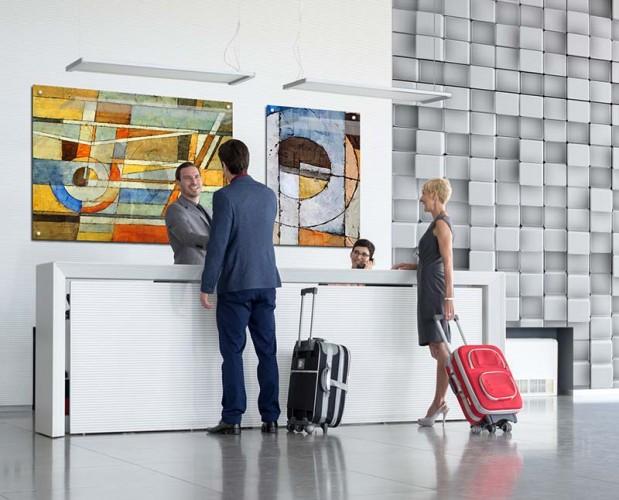 Obraz na plexi z abstrakcją do wnętrza hotelu