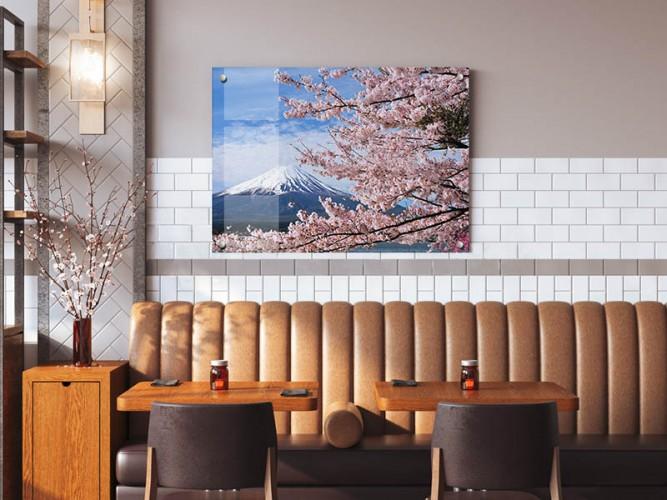 Obraz na szkle w stylu japońskim- Góra Fuji i kwitnąca wiśnia