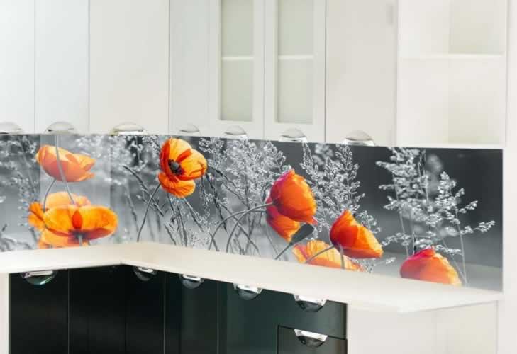 Panel szklany z makami