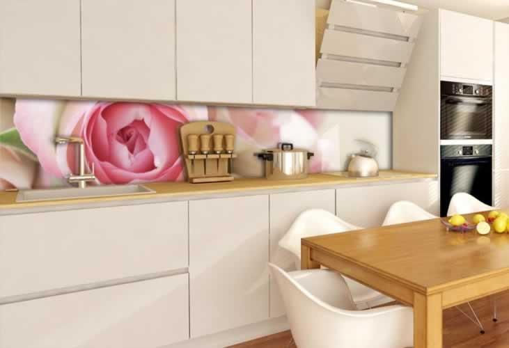 Panel szklany z piękną różą