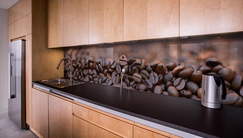 Panel szklany z ziarnami kawy do kuchni