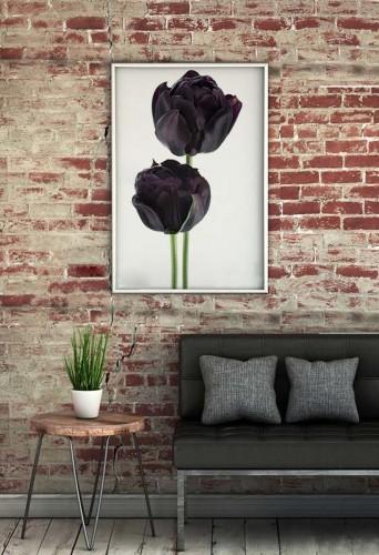 Plakat z tulipanami do salonu wstylu loftowym
