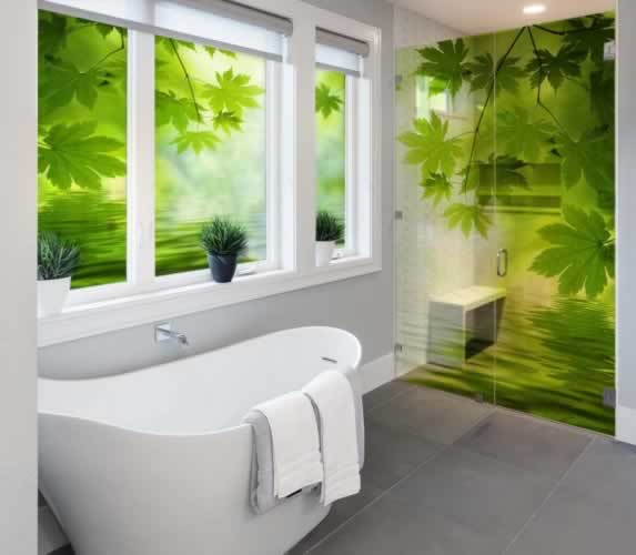 Naklejka witrażowa na kabinę prysznicową i okno z motywem liści