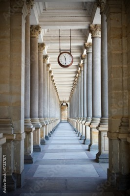 Fototapeta Classical style colonnade in Karlovy Vary, Czech Republic