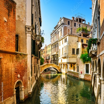 Obraz na Plexi Venice cityscape, buildings, water canal and bridge. Italy