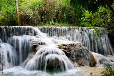 Obraz Waterfall in Tropical Rainforest