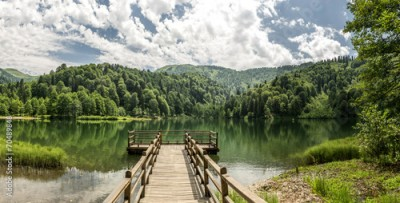 Obraz na Plexi Beautiful lake and pier