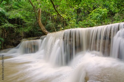 Obraz Waterfall in deep rain forest jungle (Huay Mae Kamin Waterfall i
