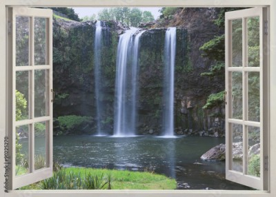 Obraz Open window view to Whangarei Falls, Northland Region (North Island), New Zealand