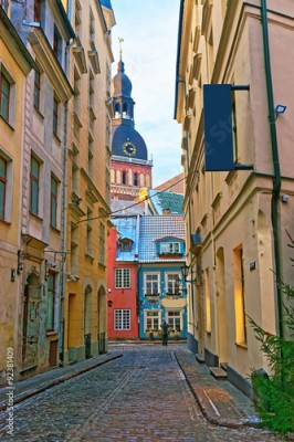 Panel Szklany Narrow streets in the capital of Latvia