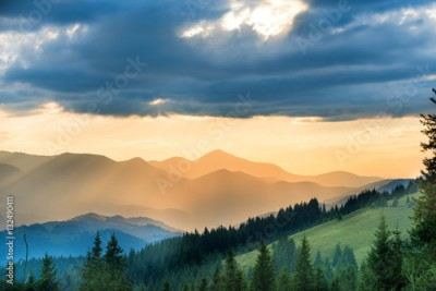 Obraz na Szkle Beautiful sunset in the mountains