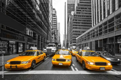 Fototapeta TYellow taxis in New York City, USA.