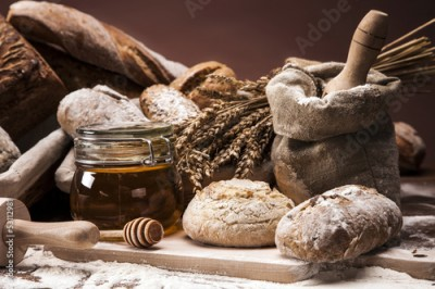 Fototapeta Traditional bread and rolls