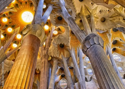 Obraz na Szkle Ceilings of the Sagrada Familia Cathedral in Barcelona