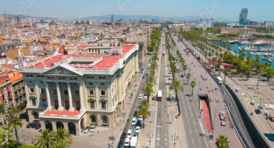 Obraz na Szkle Barcelona panorama cityscape, city streets traffic aerial view