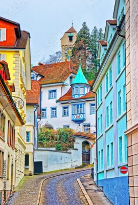 Panel Szklany Narrow street with colorful buildings in Lucerne
